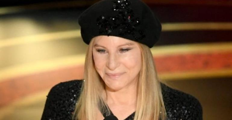 Barbra Streisand has said she did not mean to