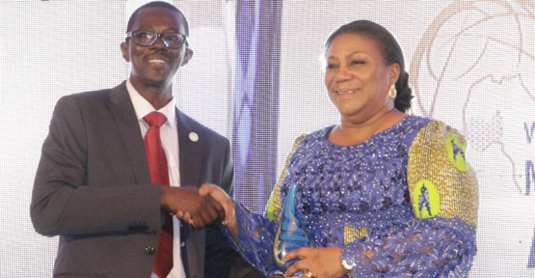 First Lady Rebecca Akufo-Addo receiving her award