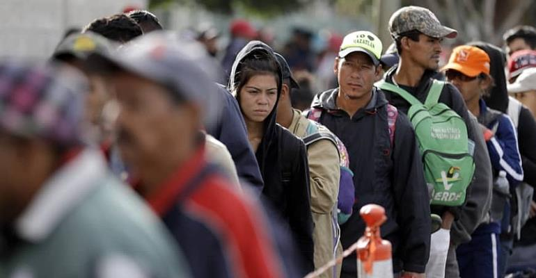 First refugees of 'Central American exodus' arrive at US border