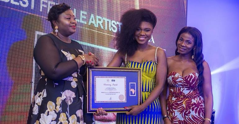 Ghanaian musician Becca honored as African Female artiste of the year (Pictures +Video)