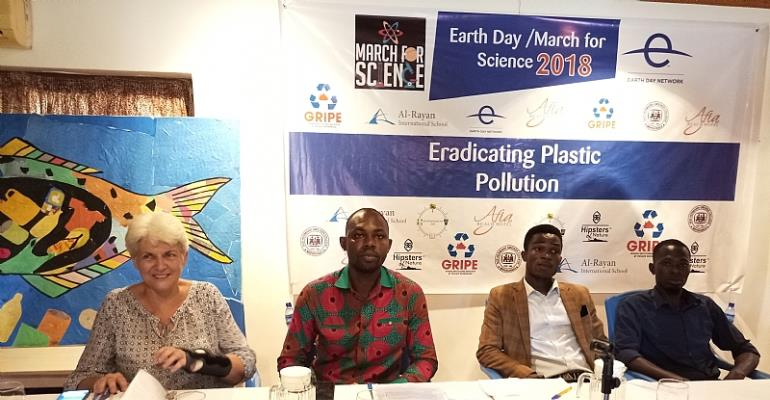 Group Marks Earth Day  March for Science to Tackle Plastic Pollution