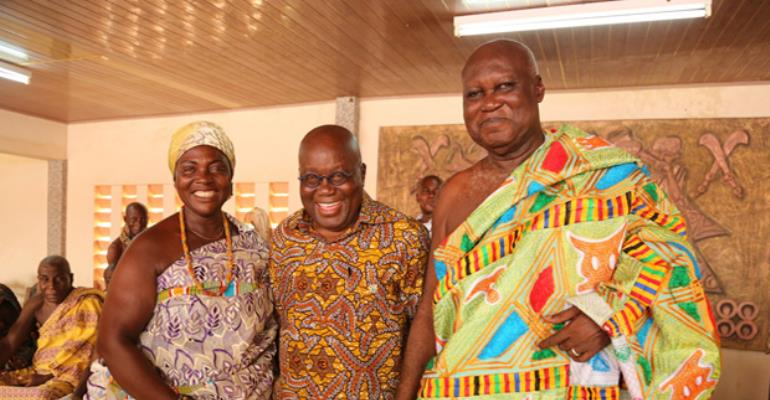 President Akufo-Addo with the Omanhene and Queenmother of Sunyani