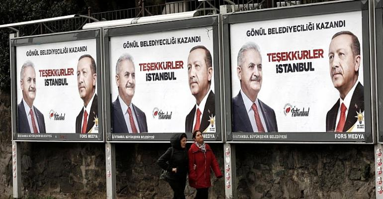 Turkish ruling party admits rival lead in Istanbul