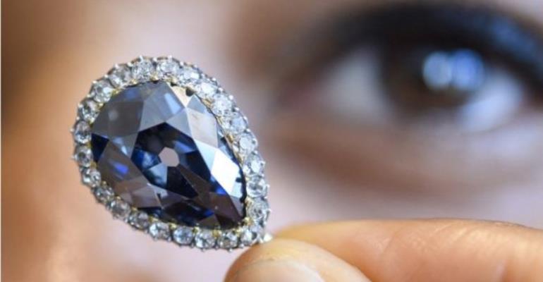 Farnese Blue Diamond Fetched $6.7m At Geneva Auction