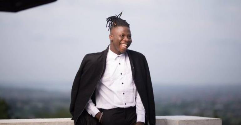 Stonebwoy Is Fake, Not A Real Hustler - Frederick Noamesi Writes