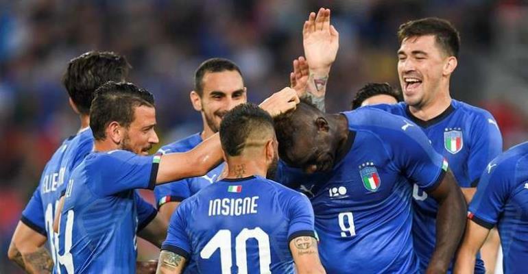 Balotelli scores impressive goal in return to Italy