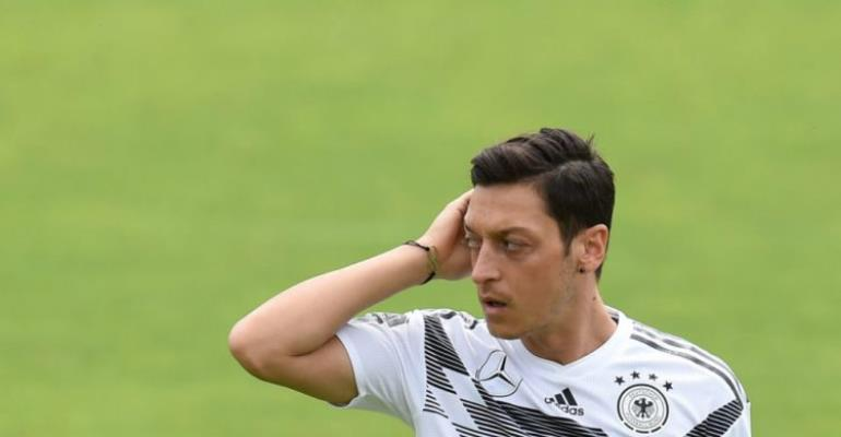 Bruised Ozil to miss final warm-up game against Saudi