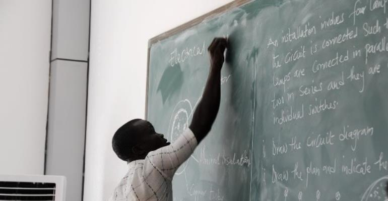 Government  urged to introduce skills development courses into curricula