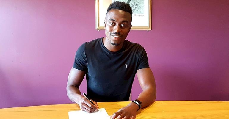 Joe Dodoo Delighted After Blackpool Move
