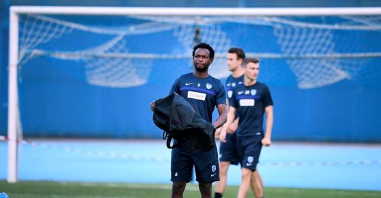 Ghana midfielder Bennard Kumordzi holds first training session with Belgian side KV Kortrijk