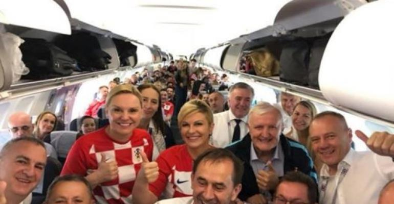 It's Gold for Kolinda Grabar Kitarovic, pretty president of Croatia