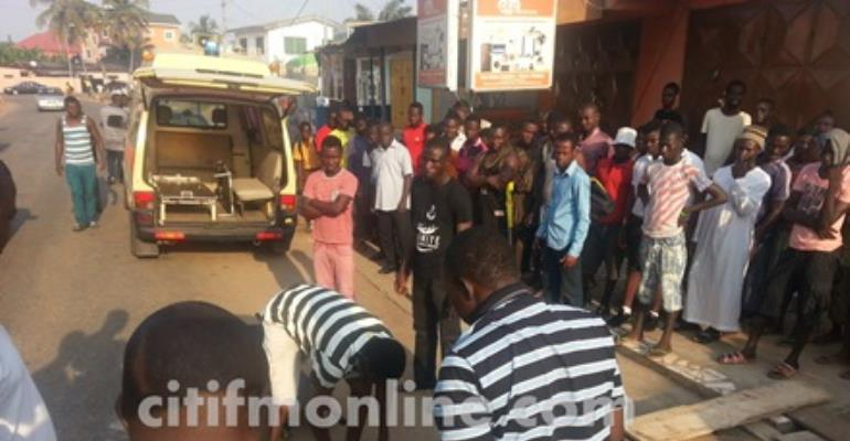 3 suspected robbers killed in a mob action