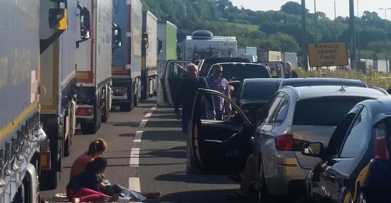 UK To Assist With French Border Checks After 14-Hour Queues