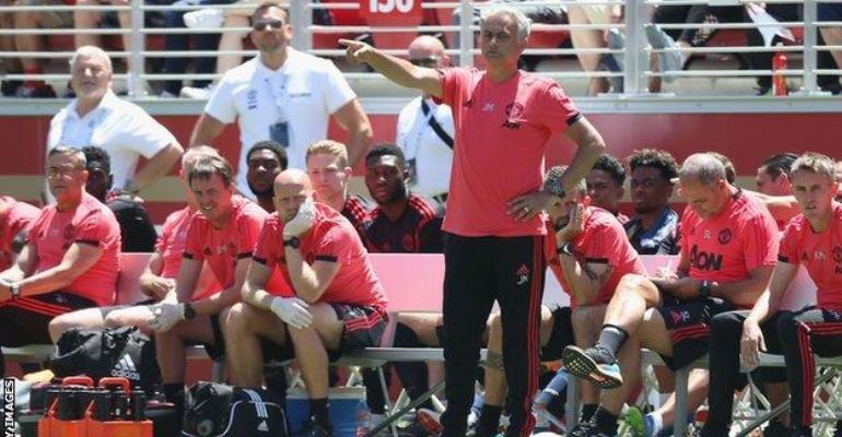 Napoli Make Loan Offer For Man Utd's Darmian