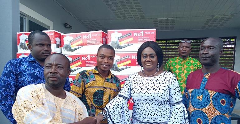 Hon. Barbara Oteng Gyasi Supports Cocoa Farmers