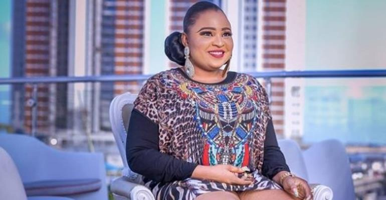 Actress, Abimbola Ogunnowo host Friends to Mouth-Watering Birthday Party