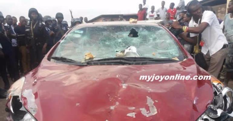 Nana Frimpong 's Car damaged  by the mob.