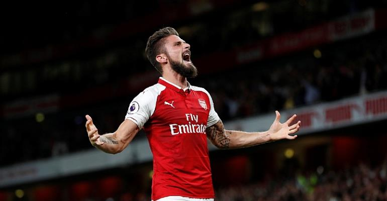 Arsenal beat Leicester in breathtaking Premier League opener