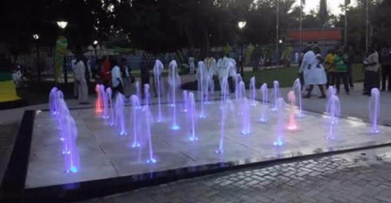 Rattray Park's psychedelic fountain software stolen; facility starts slow death