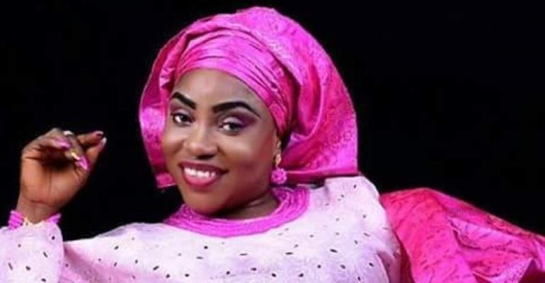 Actress, Oluwakemi Ogunbiyi Celebrates 365 days with Stunning Photos
