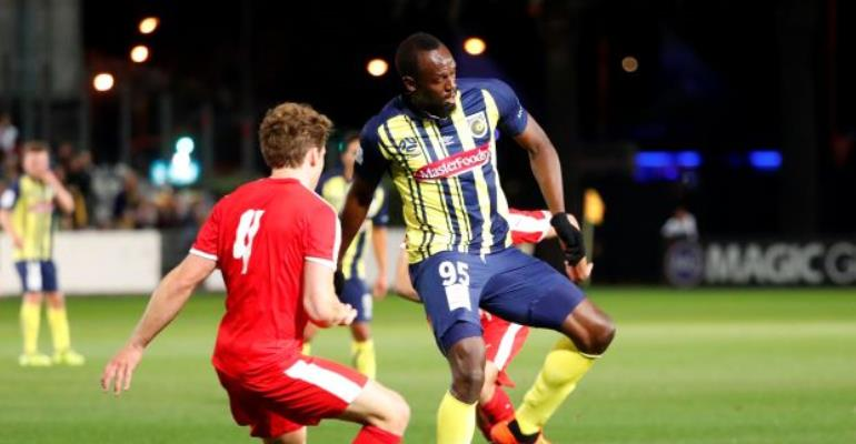 Usain Bolt Makes Debut For Central Coast Mariners In 6:1 Victory [VIDEO]
