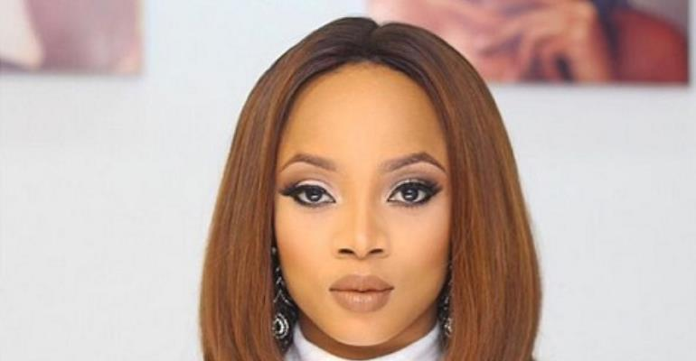 What Have you done for your Community…Toke Makinwa Blast fan
