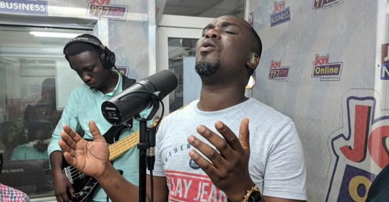 Livestreaming: Joe Mettle Performs Live On Drive Time On Joy FM
