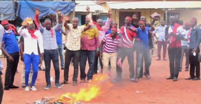 Neglected NPP Serial Callers Burn Their Phones In Kumasi