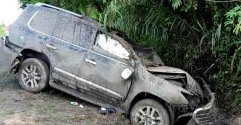 Former Minister Survives Ghastly Car Crash