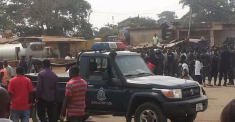 Videos: Muslim youth clash with traditional authorities at Old Tafo