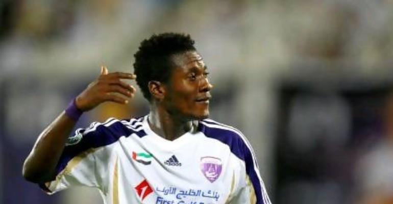 Asamoah Gyan says Yaya Toure deserves to retain his crown as African Footballer of the Year.
