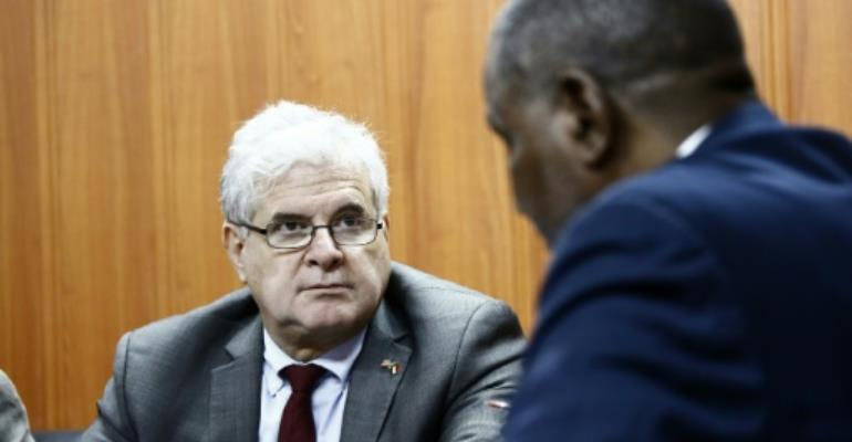 US envoy assesses Darfur ahead of UN drawdown