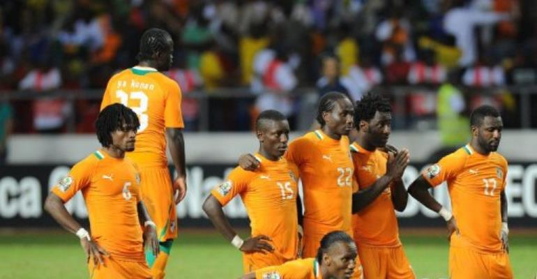 (L-R) Ivory Coast's Jean-Jacques Gosso,  captain Didier Drogba, Max Gradel, Souleman Bamba, Wilfried Bony, Siaka Tiane.  By Franck Fife (AFP)