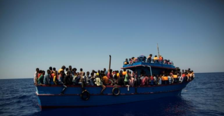 Italy approves Niger mission to slow migrant flow