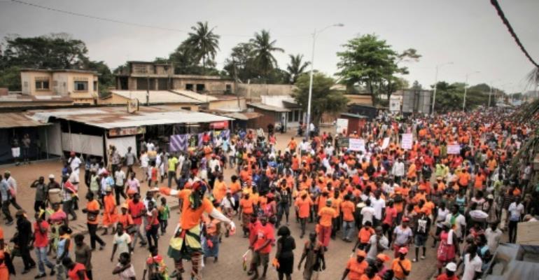 Le Togo, où les deux-tiers des habitants vivent de l'agriculture de subsistance et plus de la moitié avec moins d'un dollar par jour, est en proie à une grave crise politique depuis septembre. Photo prise dans le quartier de Bè le 4 octobre 2017..  By Matteo FRASCHINI KOFFI (AFP/File)