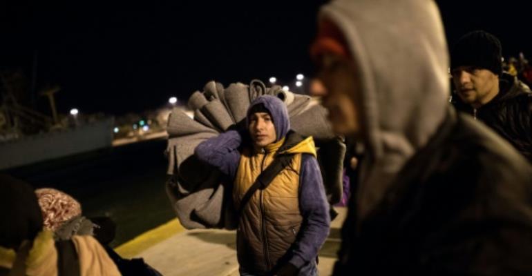 Keep migrants off mainland, Austria tells Italy
