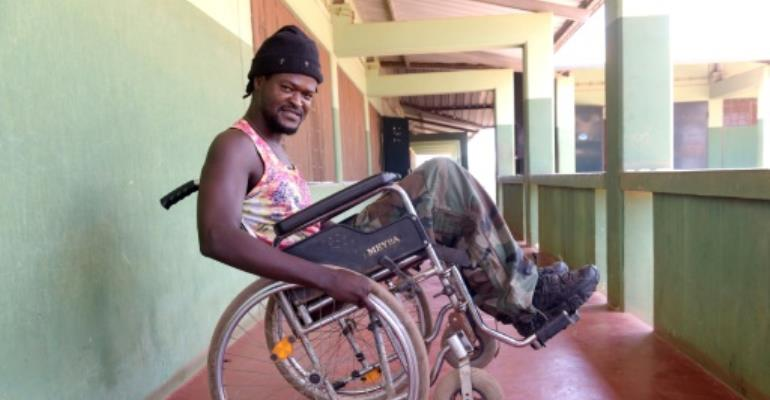 Bissau clinic eases life as an amputee for Senegalese DJ