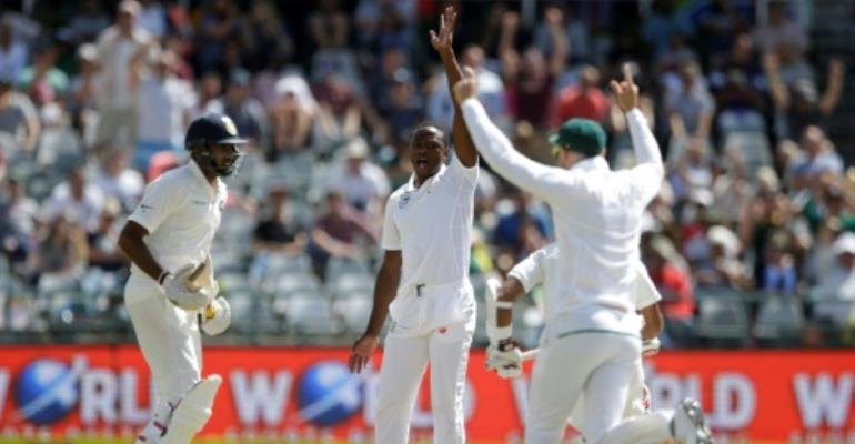 India roll Proteas for 286 in first Test
