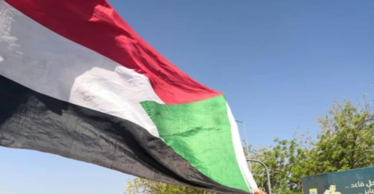 Sudanese protesters have camped outside the army's headquarters in Khartoum for three days urging the military to back calls for President Omar al-Bashir to quit.  By STRINGER (AFP)