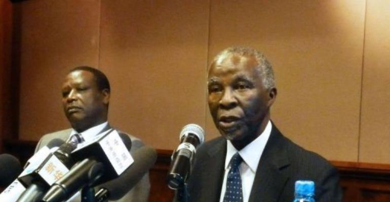 African Union mediator Thabo Mbeki met with Sudan's Omar al-Bashir.  By Jenny Vaughan (AFP/File)