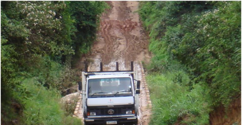 Obuasi East MP Threatens To Quit Over Bad Roads