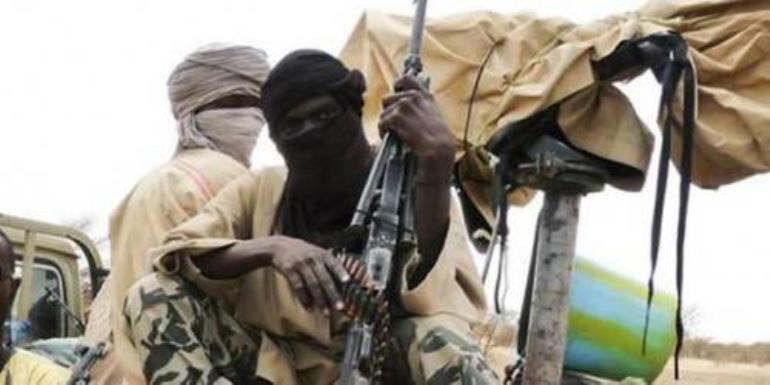 Suicide bomber kills dozens of civilians in Kano