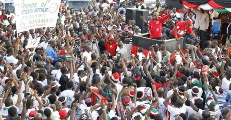 Mr Amissah-Arthur addressing NDC supporters at cape coast