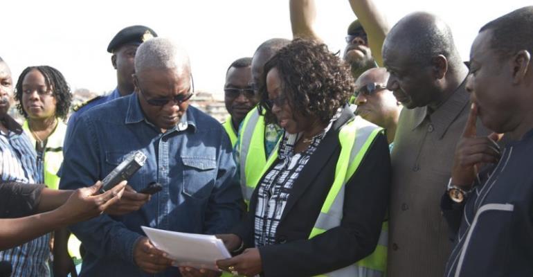 Dzifa Attivor explaining a point to President Mahama