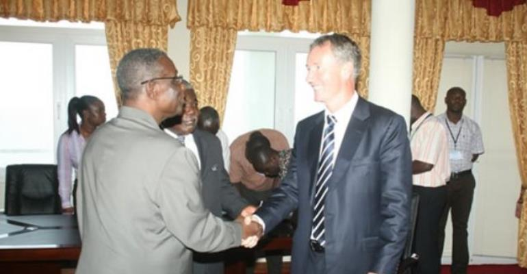 President Mills welcoming Tullow Oil CEO, Mr Aidan Heavey at the Castle