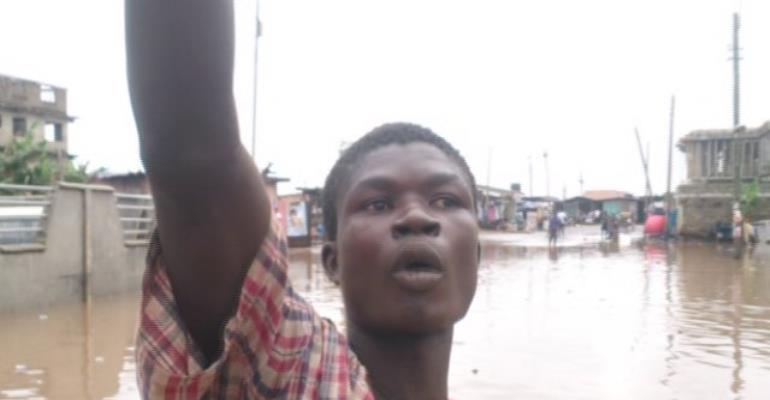Hilarious VIDEO: 'Ghetto boy' narrates how Nkrumah Circle was flooded again