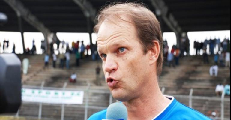 Cameroon suspend French coach Lavagne