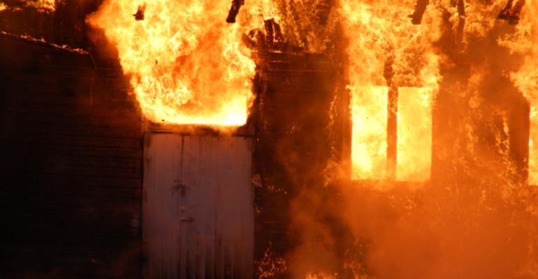 Breaking News: Deluxy Paint Warehouse On Fire