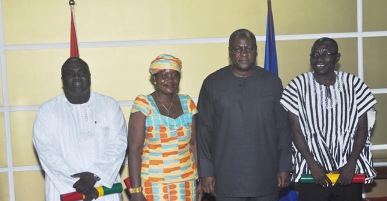 PREZ MAHAMA SWEAR 3 MINISTERS