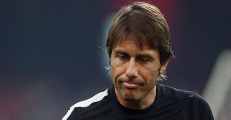 FIFA extends Juventus coach Conte's ban worldwide